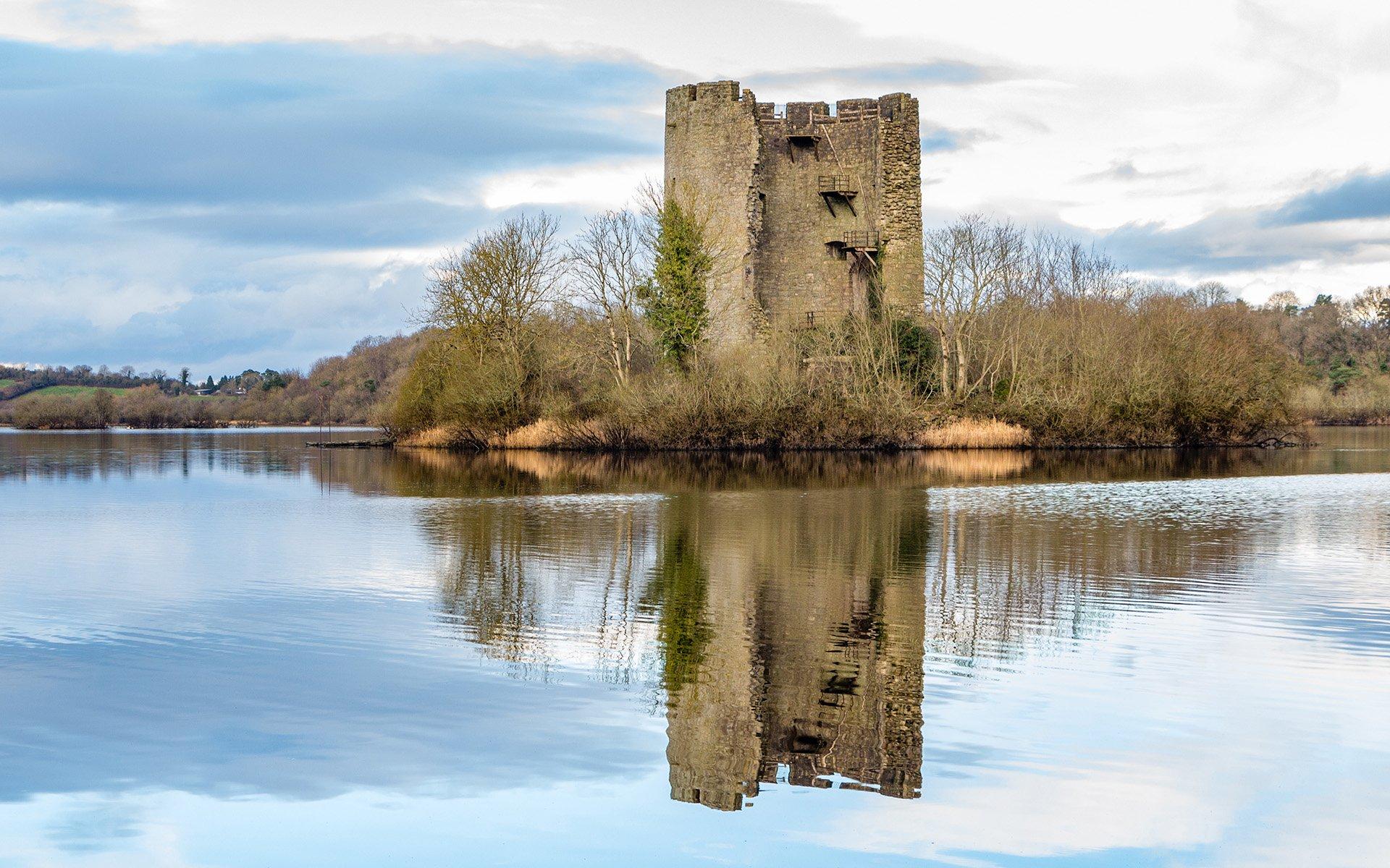 Lough Oughter Castle | Droimín Creative