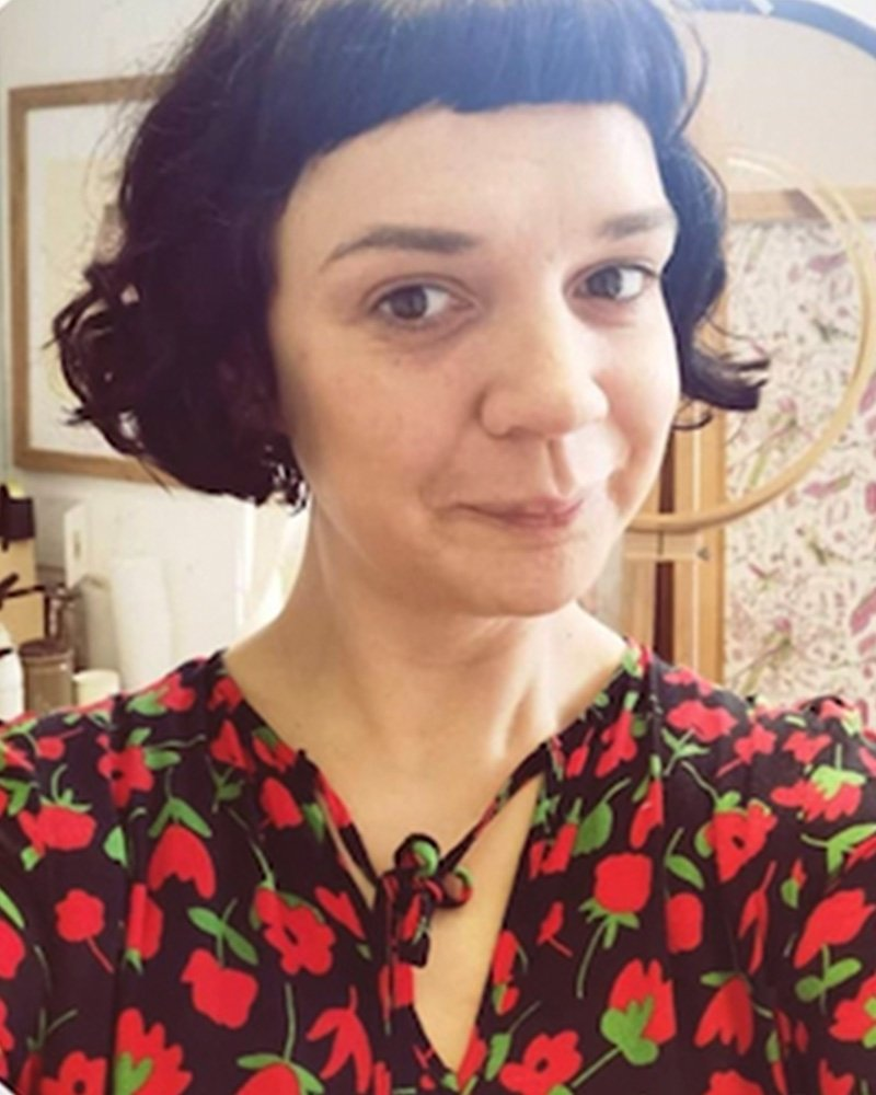 Karina Charles | Droimín Creative